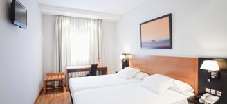 habitacion_cuadruple_hotel_cortijo_chico_hotel_malaga_home