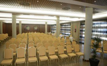 salón de conferencias hotel cortijo chico