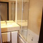baño junior suite hotel cortijo chico