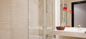 Baño de Habitación Doble-min